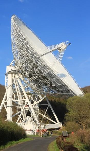 Hallgatónk Európa legjobb rádióteleszkópjával vizsgálhatja a csillagkeletkezést