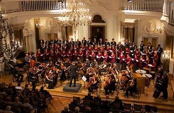 Műsoron Schubert A halál és a lányka c. műve mellett Bach d-moll kettősversenye.